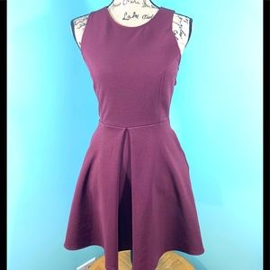 Kendall & Kylie Merlot Sleeveless Dress I1906